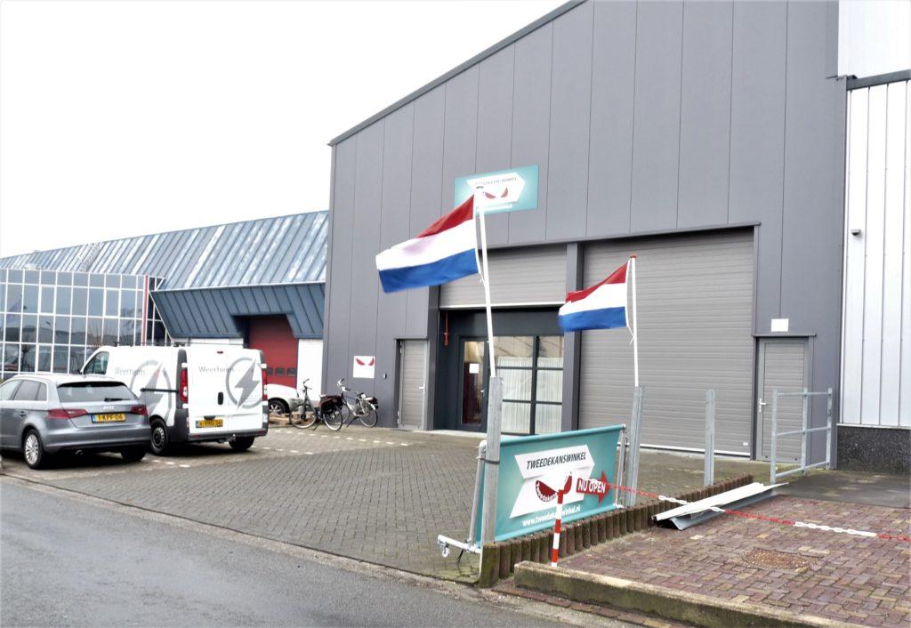 Het pand van de Tweedekanswinkel in Moerkapelle Zuidplas